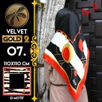 Jilbab Segi Empat Satin Black By Golden 2 / Velvet gold2 - Design 07