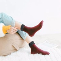 kaos kaki winter velvet wanita kao206