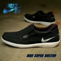 Sepatu Nike slip on casual pria original vietnam