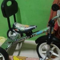 sepeda anak merk PMB roda 3 bekas