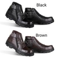 Jual Safety Shoes Model Keren   Trendi 2018 - Harga Sepatu Safety ... 3b8baaa9eb