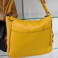 tas kulit saku depan asli garut /tas wanita