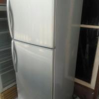 Kulkas sanyo 2 pintu (Bekas)