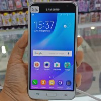 Hp second samsung j3 2016 white garansi sein fullset