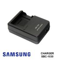 Charger Samsung Sbc-1030 For Battery Bp1030 Nx200 Nx210 Nx1000 Nx300