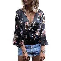 Sexy Deep V Neck T-Shirt Women Floral Print 3/4 Flare Sleeve Top Blusa