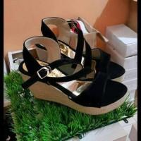 Best Collection wedges cantik gesper hitam, sepatu sandal pesta,