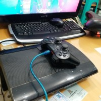 Ps3 super slim 500 gb second. 32 games inject. like new