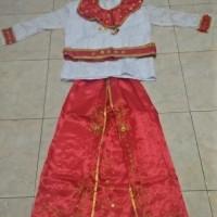 baju adat maluku dewasa cewe atau cowo