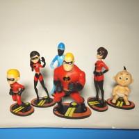 THE INCREDIBLES II figure set