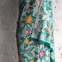 Kain Batik Tulis Motif Galaran Bunga Hijau Putih