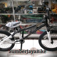 SEPEDA BMX KEREN sepeda bmx 20 pacific black out freestyle