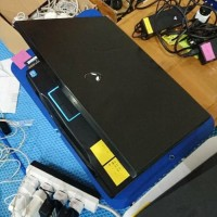 Dell Alienware M17x R3 core i7 Nvidia GTX 560M layar 17 laptop gaming