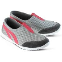 Sepatu Olahraga Sport Wanita Cewek Slip On Terbaru Abu GF.6210 GR