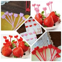 HELLO KITTY Garpu Tusuk Tusukan Buah Makanan Bento Fruit Food Fork Set
