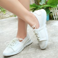 Sepatu Sneakers Wanita Casual Tali SC328 Promo - Putih, 38