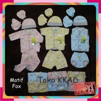 pakaian/baju bayi paket newborn (baru lahir) velvet