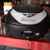 BOX GIVI E35 NT