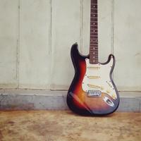 gitar listrik starsun model fender stratocaster (bekas)