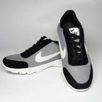 Sneakers Pria Casual Denim