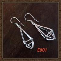 Handmade Anting-anting Bahan Silver 925 Jogja Motif E001