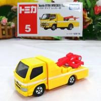 Tomica Reguler 5 Toyota Dyna Wrecker Truck