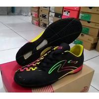 Sepatu futsal specs swervo rasta in Best Seller