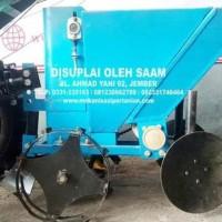 Implement Alat Tanam Kentang Tipe Saam 101B - 12 Hp
