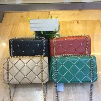 Harga charles and keith sling bag classic | antitipu.com