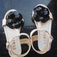GUCCI FLOWER SANDAL WHITE (BAJUKIDDIE) SENDAL PESTA ANAK SEPATU SANTAI