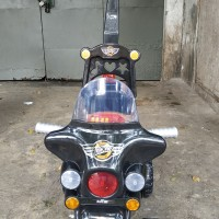 Sepeda Anak Motor Rocker Plastik roda 3