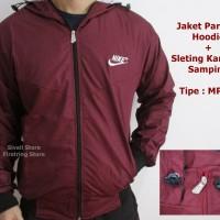 Jaket Nike Parasut Merah Abu Windrunner Jaket Training / Motor Murah