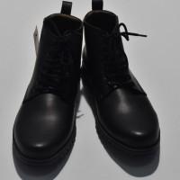Sepatu Pria Yongki Komaladi Hitam AO67 ORIGINAL   REAL PICTURE 2cc7af2b23