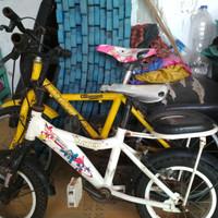 Sepeda anak second 2 unit