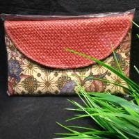 clutch batik lawasan anyaman pandan dompet tas gift khas Indonesia 023