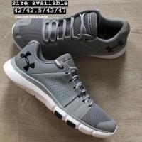 UNDER ARMOUR ORI Strive 7 Shoes Sepatu Under Armour Sepatu Pria 33519b4c8b