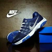 Sepatu Sport Pria Nike Airmax (Badminton)