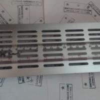 Ventilator Lubang Ventilasi Udara Kotak Bahan Plastik Silver 80X225mm