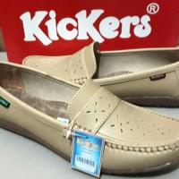 Sepatu Wanita Cewek Kickers Dokter Perawat Bidan Slip On Kerja Dinas