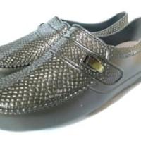 Sepatu Kinbos ala Hotman Paris