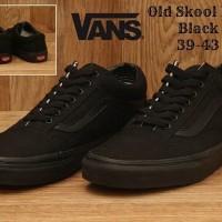 Harga sepatu casual unisex sekolah cowo cewek vans full black grade  80a5375be8