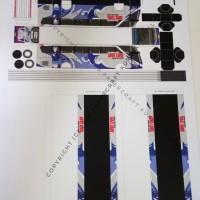 Pola Papercraft Bus Anime Jepang
