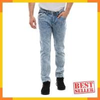 Harga lee cooper men s norris slim fit jeans artisan ice wash light   Hargalu.com