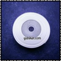 1 Roll Pita Grossgrain 12mm Putih