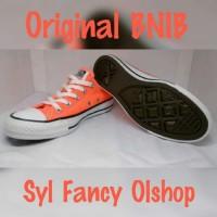 daf488b1521d73 Daftar Harga Sepatu Sneakers Converse Original Terbaru Februari 2019 ...