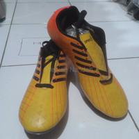 LIMITED EDITION Sepatu bola specs premium warna kuning TERMURAH