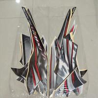 Stiker Bodi & Lis Body & Striping Vixion 2011 Putih Hitam
