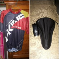 Aksesoris Baju Jersey Sepeda Cover Sadel Jok Velo Lampu United 2nd