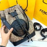 tas wanita FENDI MULTY FUNGSI crem import terbaru..HARGA DISKON!!!