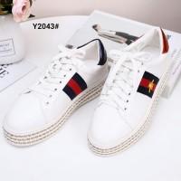 ce9823726de Sepatu Import Gucci Ace Bee Platform Leather Sneakers SC Y2043